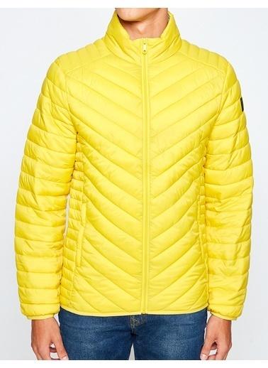 Koton Şişme Mont Sarı
